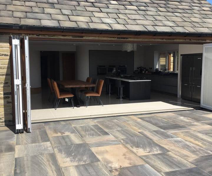 Honed Black Sandstone Paving