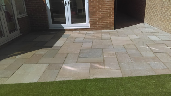 Grass & Paving Laid By Simon Hartley