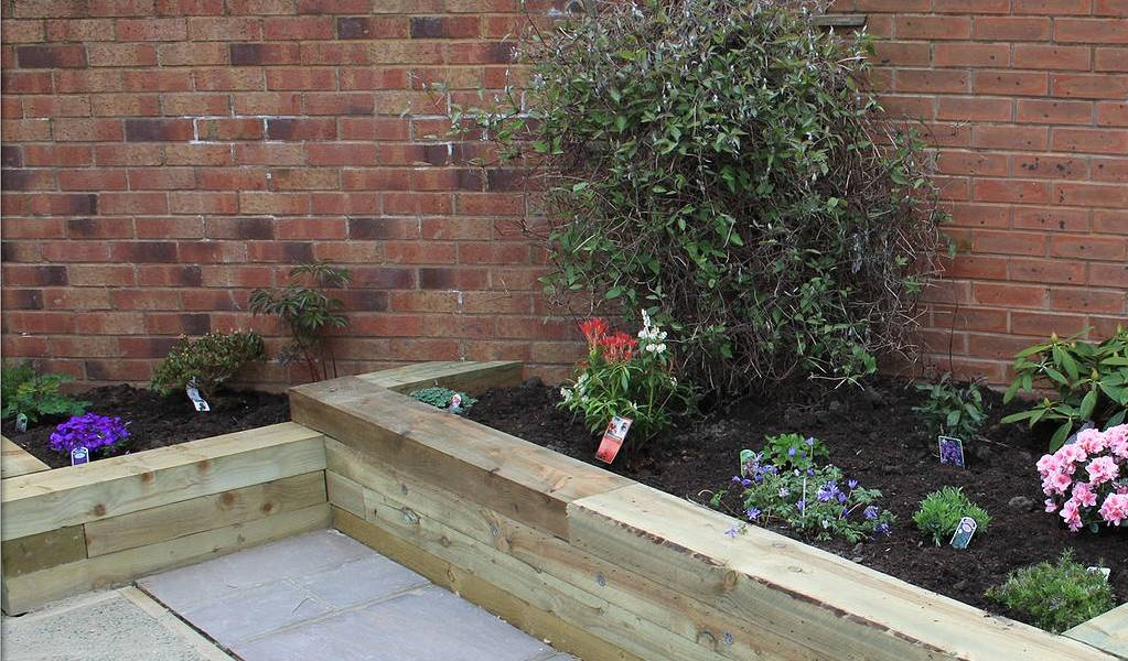 Beeches Transform - Wooden Raised Beds